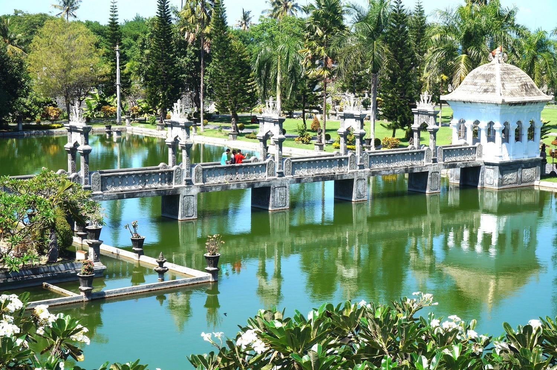 ujung water palace - insight bali