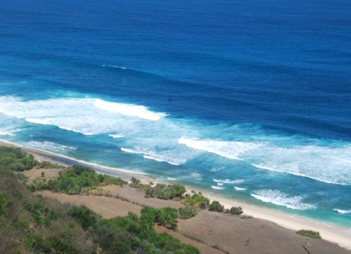 Discover Hidden Spot in Bali at Nyang Nyang Beach