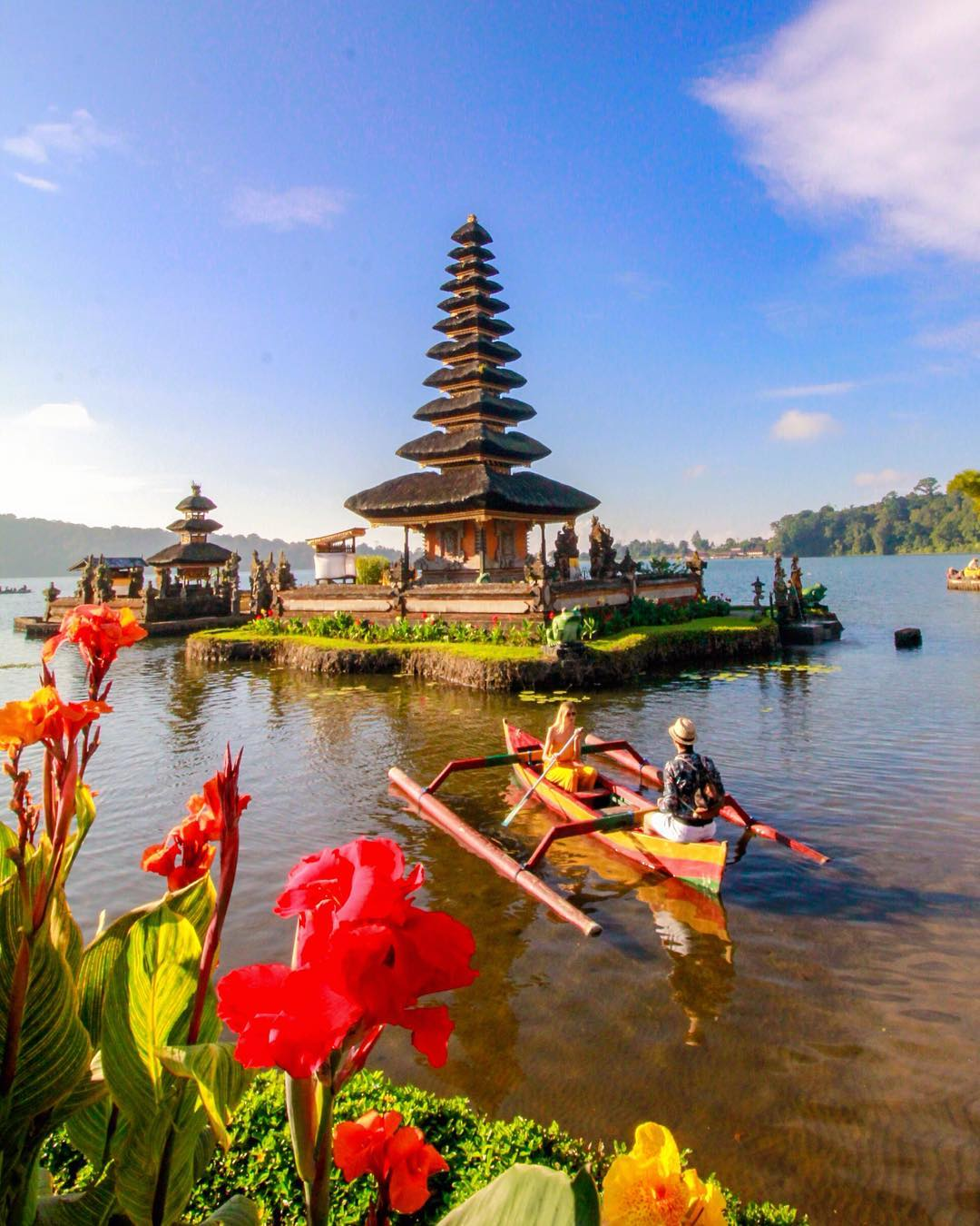 floating temple - insight bali
