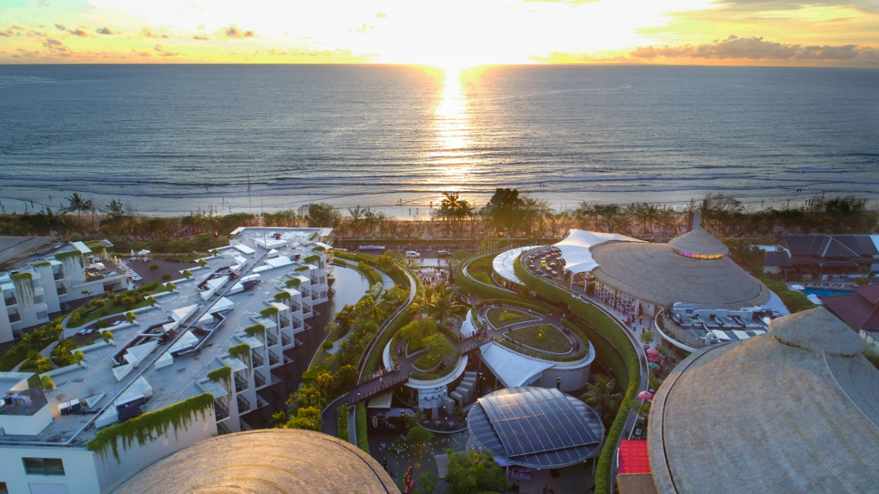 Beachwalk Shopping Center - insight bali