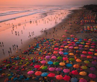Top 5 Beach Vibes After Sunset