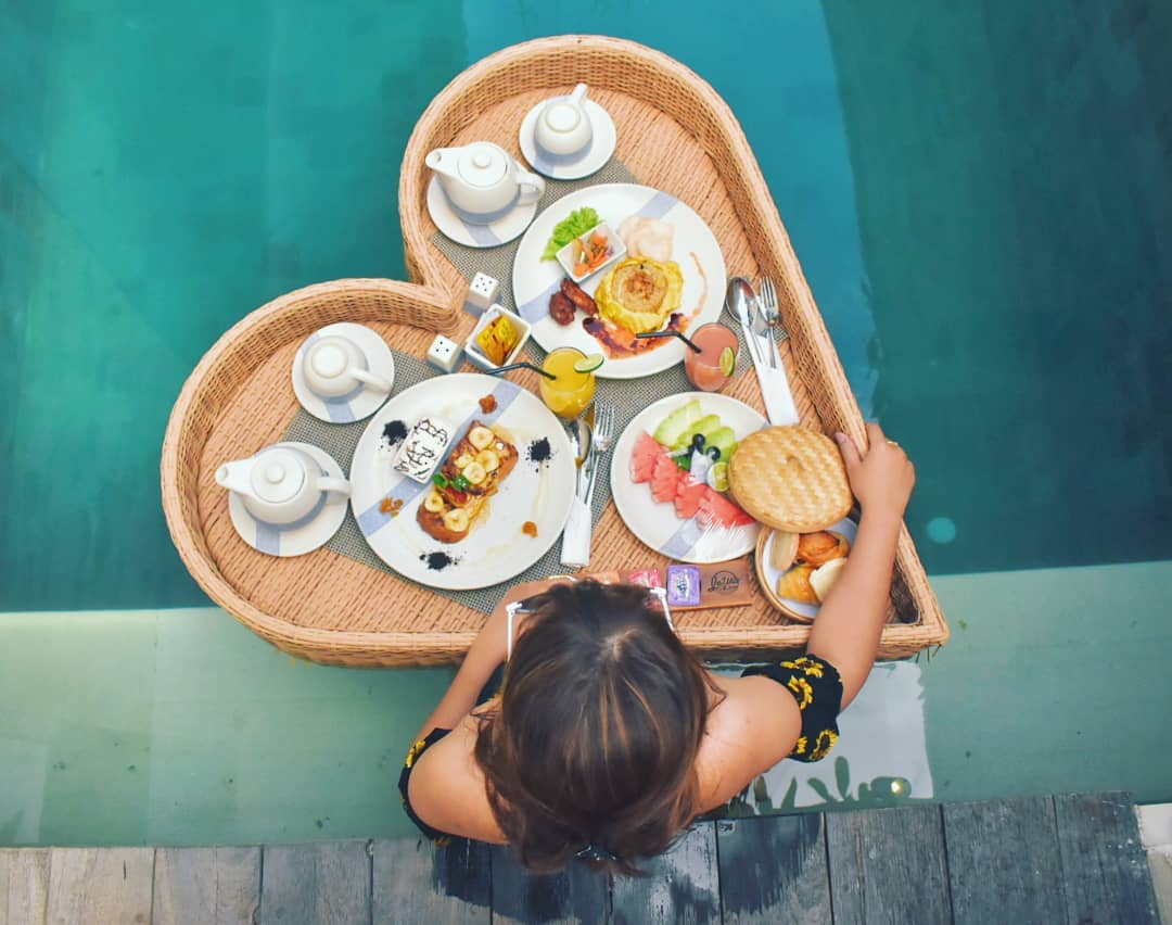 Floating breakfast - insight bali