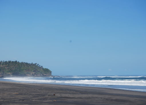 Balian beach = insight bali