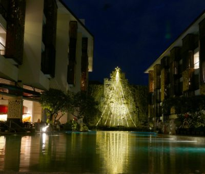 The Trans Resort Bali Lights Up the Tallest LED Christmas Tree