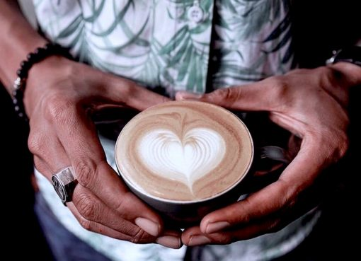 10 Coffee Shops that Serve Heaven in A Cup