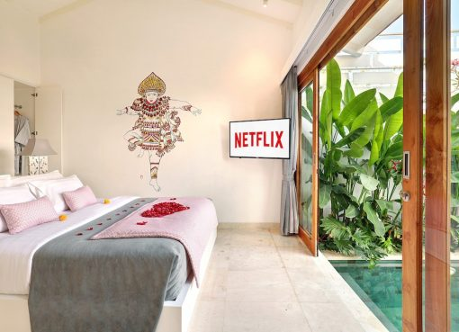 Feel The Romantic Ocean View in Jimbaran Villa