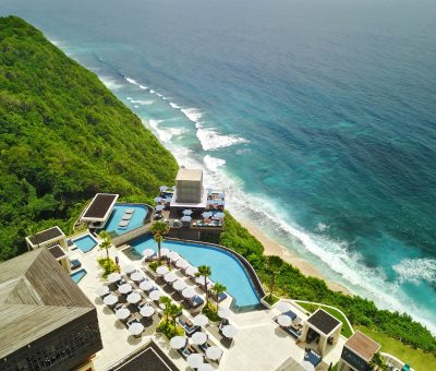 Top 10 Iconic Beach Clubs in Bali