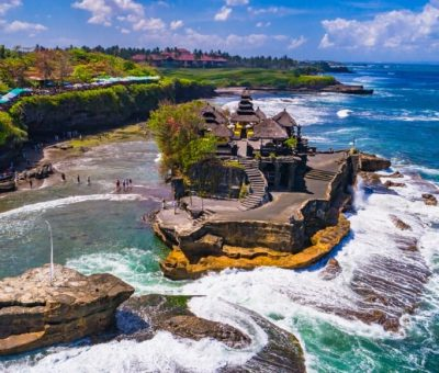 Tanah Lot Shrine, Instagramable Sea Temple