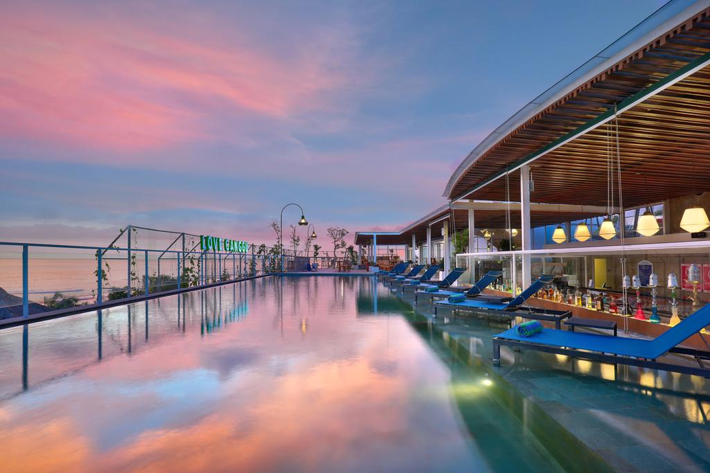Venues for Sunset Time in Bali for Every Budget